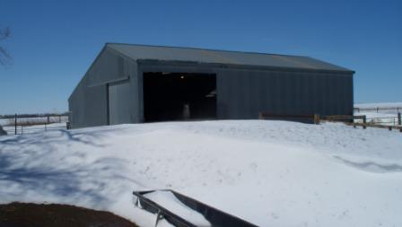 sheepbarn_snowdrift_02_compressed